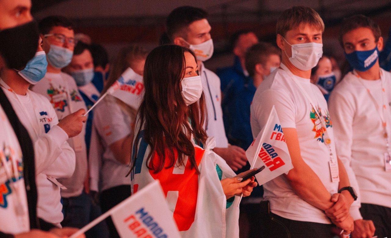 Политическое будущее: чем занимаются молодёжные организации парламентских партий