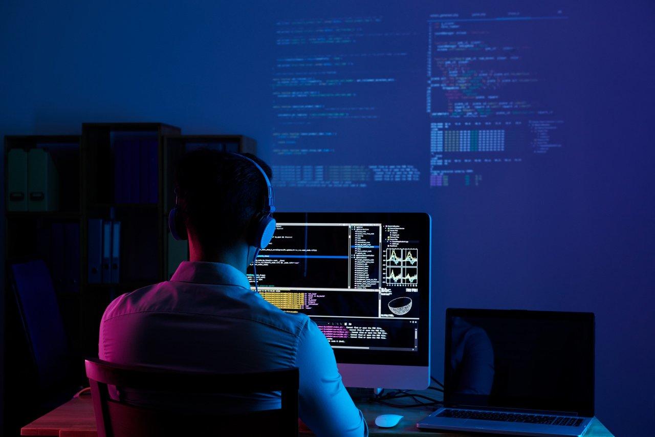 «Роснефть» выявит лучших российских программистов