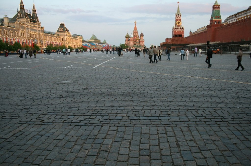 red-square-200411_1280.jpg
