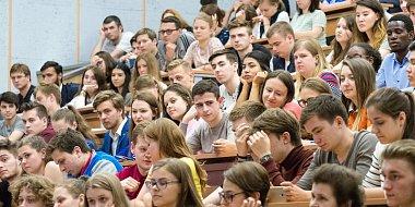 Парад студентов на Поклонной