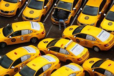 За все заплатят водители: как коронавирус бьет по рынку такси