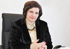 Самарская чиновница, предложившая матерям-одиночкам «разводить огороды», за три года заработала почти 15 млн рублей